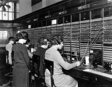 operadoras de las centralitas manuales